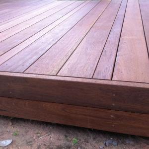 Modern deck in Mahogany